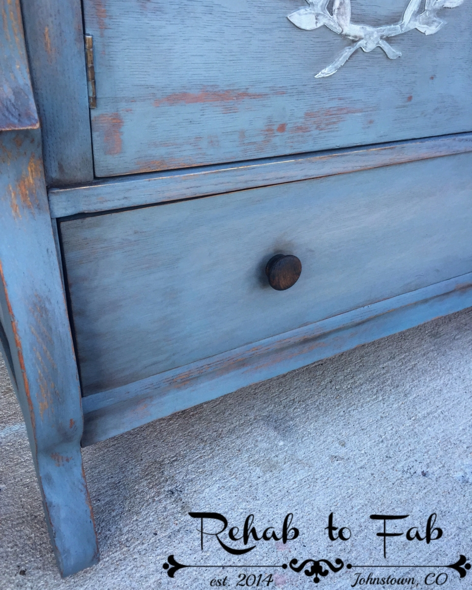 Using General Finishes Milk Paint On Veneer